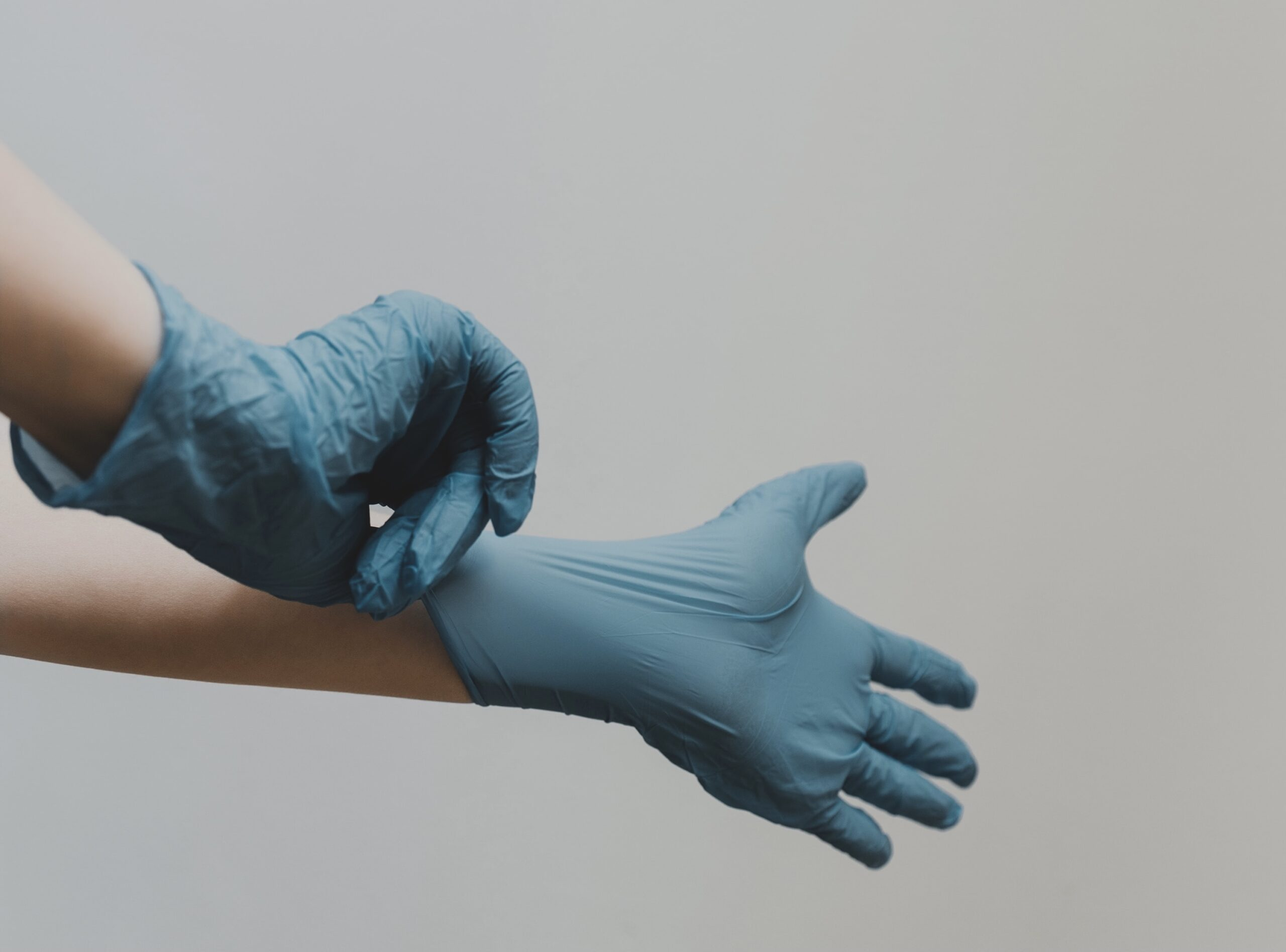 Doctor gloves feature