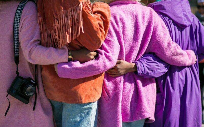 hug community friends