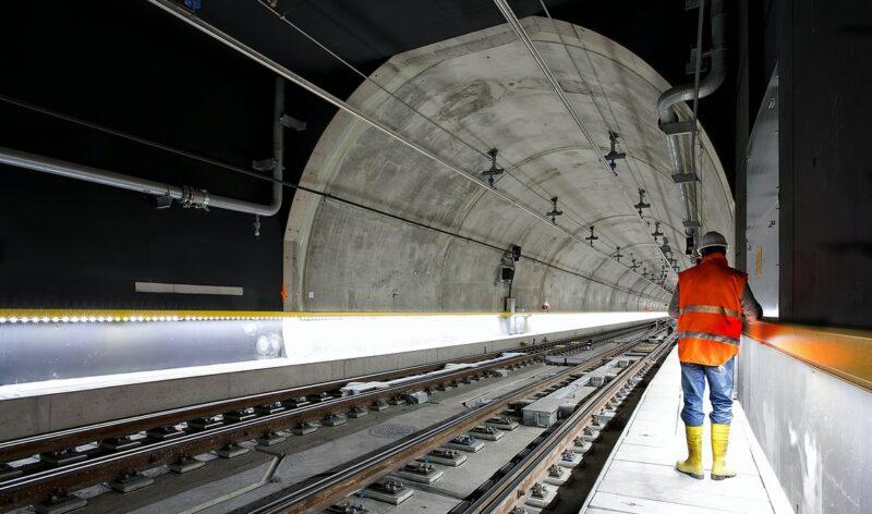 tunnel train infrastructure
