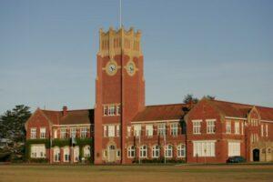 Wealthy schools pocket millions in JobKeeper funds despite profits