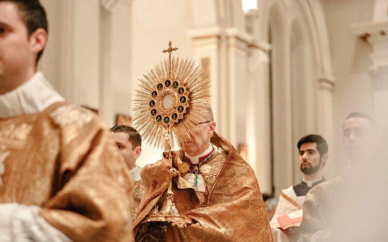 mass church catholic