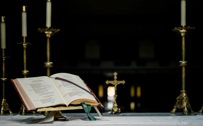 mass bible catholic church
