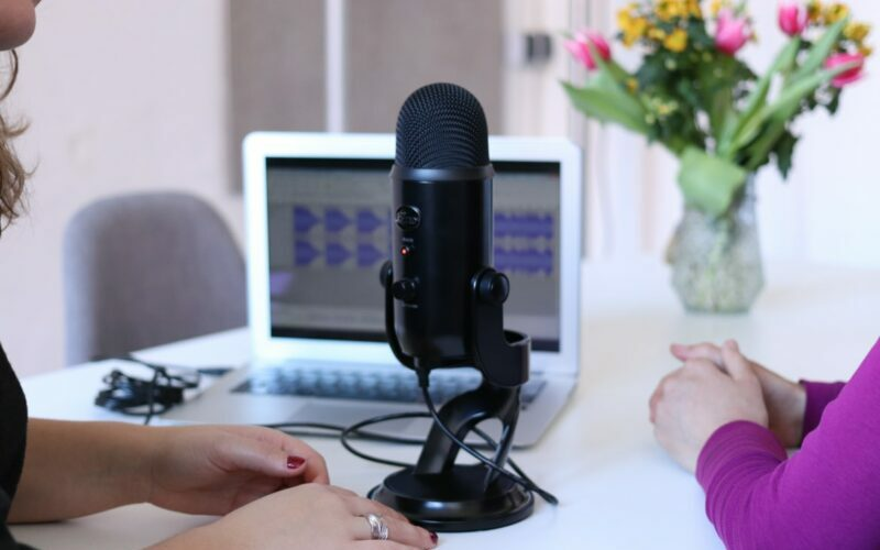 podcast interview microphone